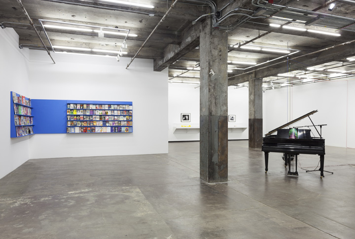 """Scott Benzel Installation View, Maccarone"""
